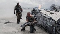 Elysium Hollywood Action Movie Wallpaper HD Widescreen