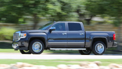 2014 GMC Sierra 1500 Denali Crew Cab Side View In Motion Photo Picture