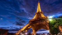 Amazing Eiffel Tower Light When Night Picture HD Wallpaper Free