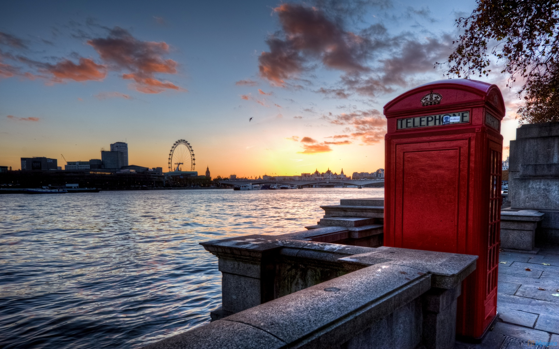 London Telephone Booth HD Wallpaper Desktop Picture