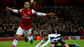 Theo Walcott Arsenal Celebration Photo And Picture Free Download
