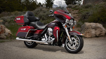 HarleyDavidson Electra Glide Ultra Classic Motorcycle Photo Image