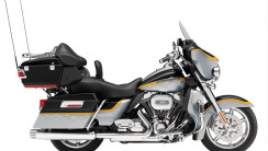 Harley Davidson CVO Ultra Classic Electra Glide HD Wallpaper Image