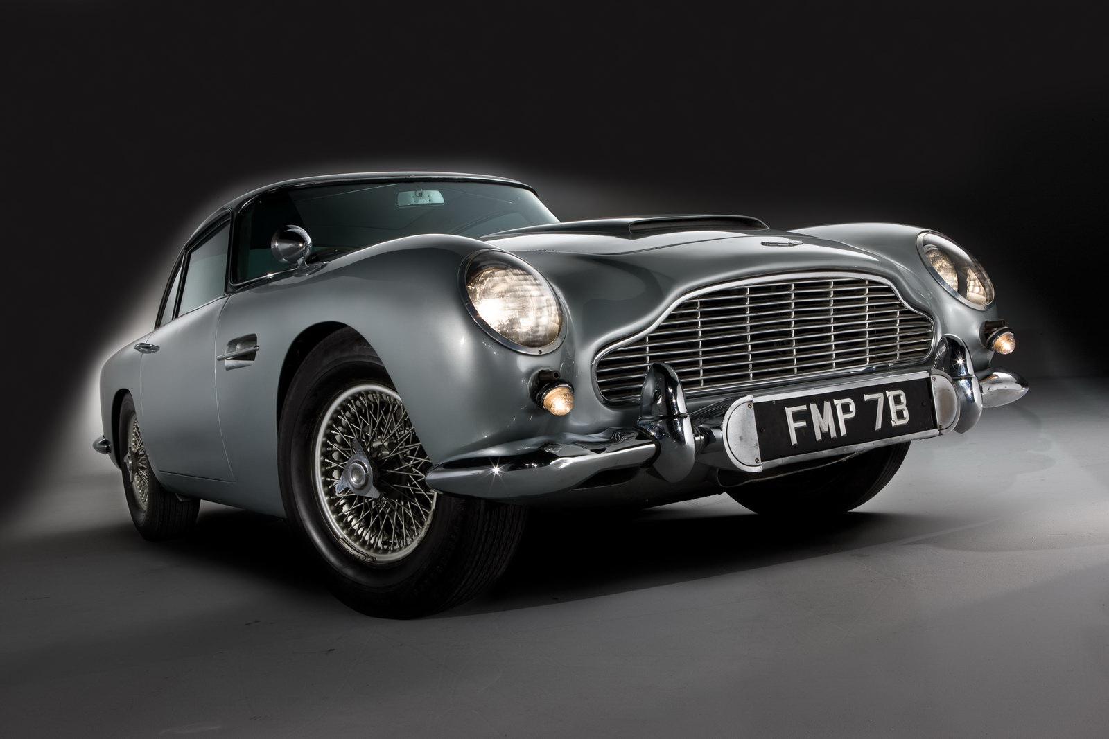 aston martin james bond classic car download free hd wallpapers. Black Bedroom Furniture Sets. Home Design Ideas