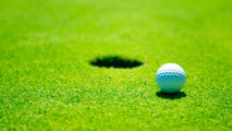 Golf ball HD wallpaper