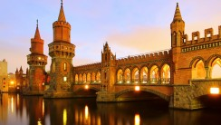 Berlin Oberbaum Bridge HD Wallpaper