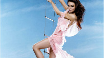 Lindsay Lohan Flying in Pink HD Wallpaper