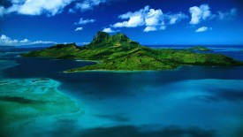 Green Tropical Island HD Wallpaper
