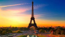Eiffel Tower in Paris at Sunset HD Wallpaper
