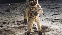 Man on the Moon HD Wallpaper