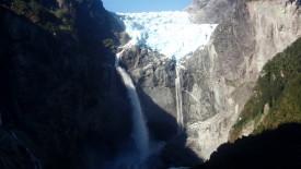 Ventisquero Colgante Falls HD Wallpaper